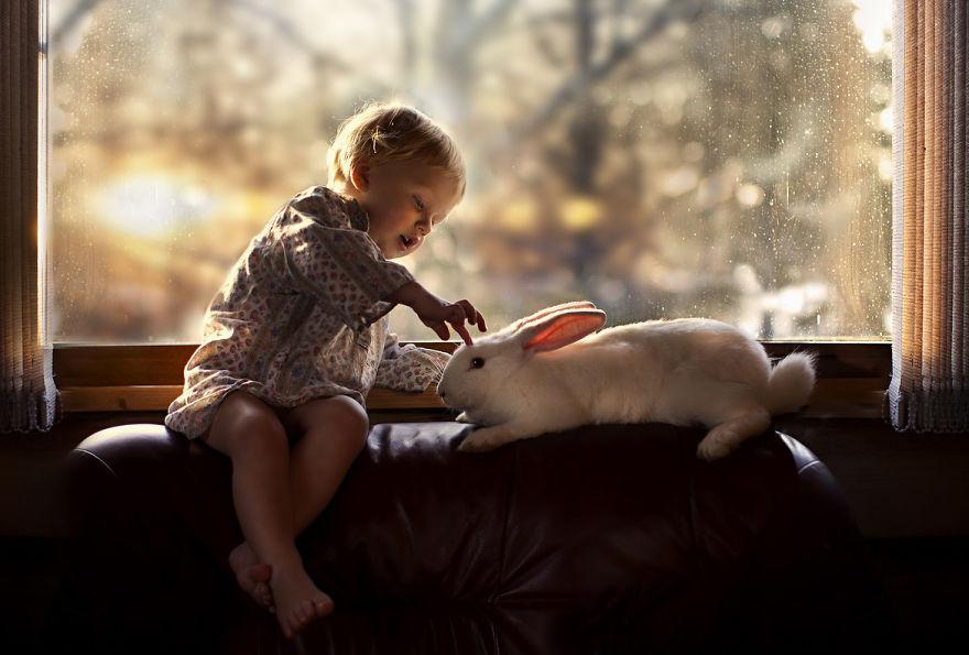 cool-animal-children-photography-Elena-Shumilova-baby-bunny