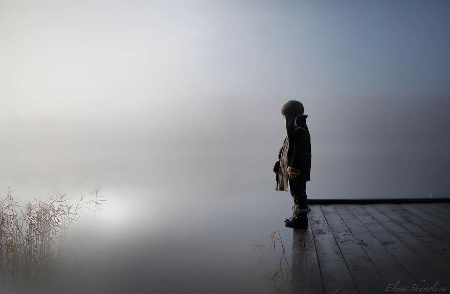 cool-animal-children-photography-Elena-Shumilova-fog