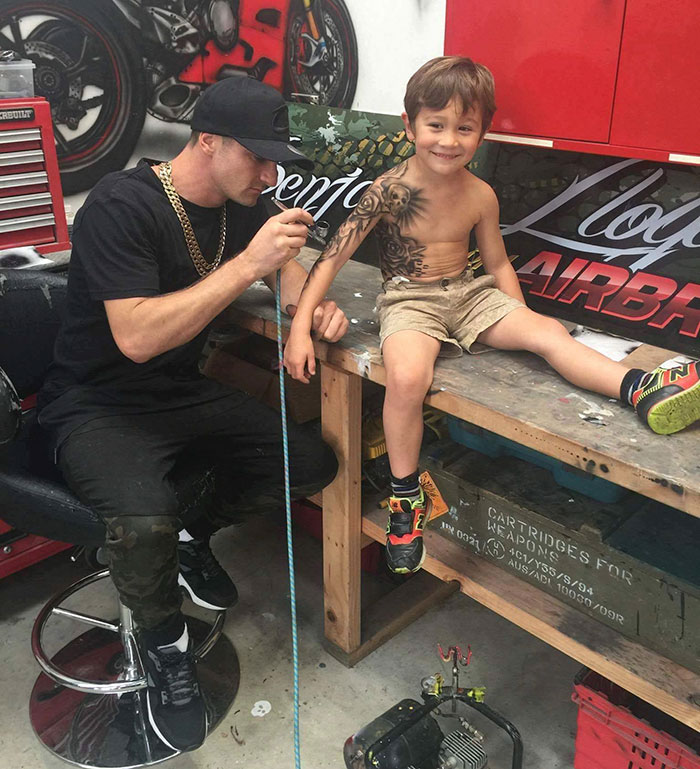 Tattoo Artist Gives Free Temporary Tattoos To Sick Kids To Make Life ...